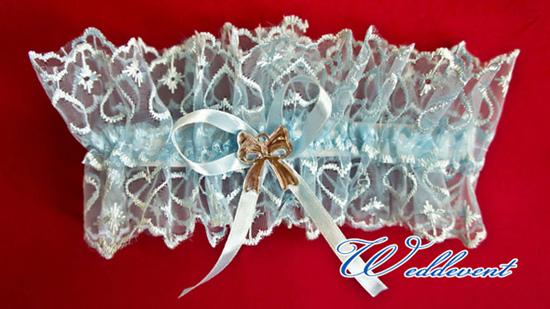 Подвязка невесты голубого цвета