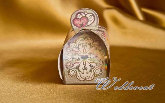 Бонбоньерка-сундучок «Малиновое сердце»